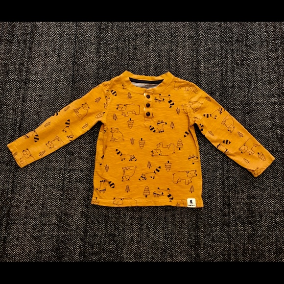 Carters long sleeved Mustard yellow size 4T